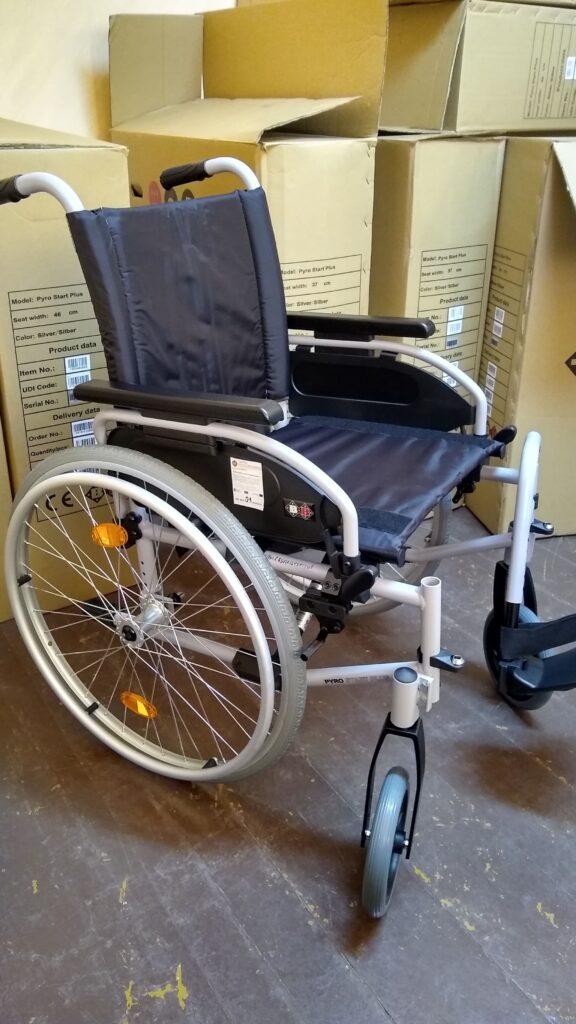 ózek inwalidzki dla dorosłych dostępny w wypożyczalni sprzętu rehabilitacyjnego